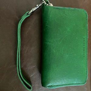 Shinola Kelly green leather wallet